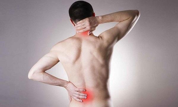 Cuales son los sintomas que se presentan al tener una lumbalgia postraumatica tras un accidente de trafico