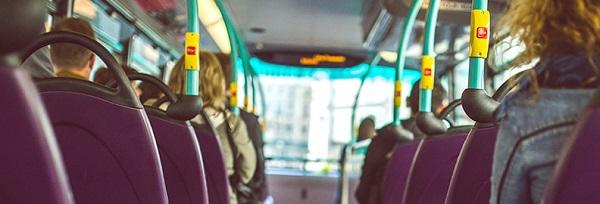 lesiones causadas por accidente de tráfico en transporte público